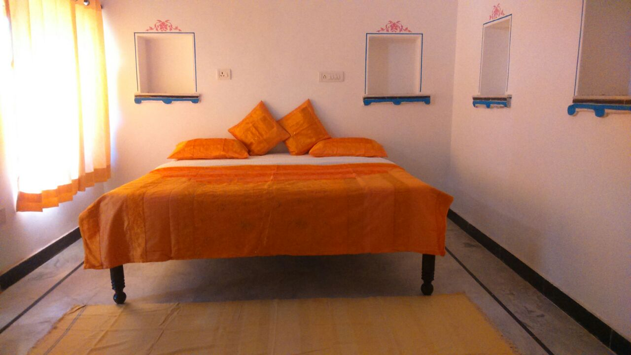 DOUBLE ROOM 2607 Rs